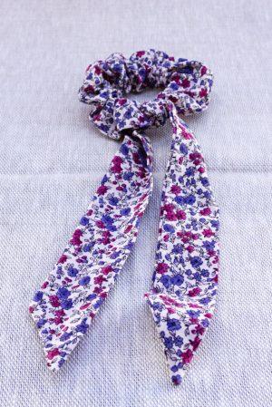 Foulchie accessoire cheveux fait main blanc motif fleurs rose et bleu