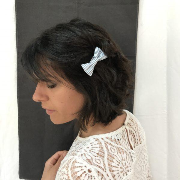 Barrette accessoire cheveux noeud papillon fait main rayures